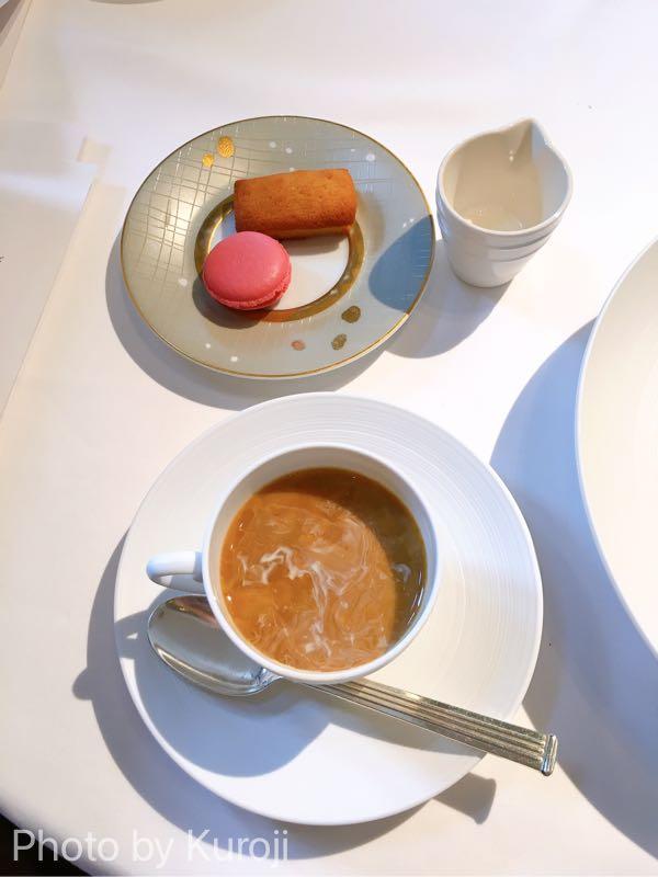 小菓子とカフェ